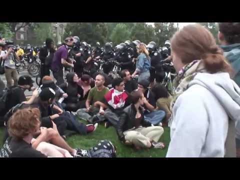 4freespeech - Toronto G20 Movie - Part 01 of 11 - Intro , Prologue, Ch. 1 & 2 http://www.youtube.com/watch?v=Jk0gH2LakTY Toronto G20 Movie - Part 02 of 11 - Ch 3 - Black B...