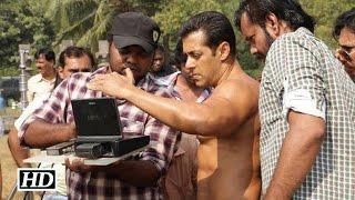 Video Salman Khan shoots Action Sequence for 'Sultan' in LA MP3, 3GP, MP4, WEBM, AVI, FLV Juli 2018