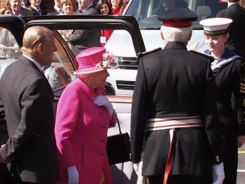 Video #Queenat90 arrives for her celebration