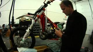 7. 2014 KTM 300 XC-W Six Days Lectron 38mm carb testing