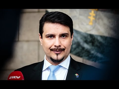 Külpolitikai irányváltás kell új külügyminiszterrel