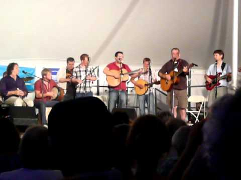 2010 New Bedford Summerfest - James Keelaghan - Follow Me Up To Carlow