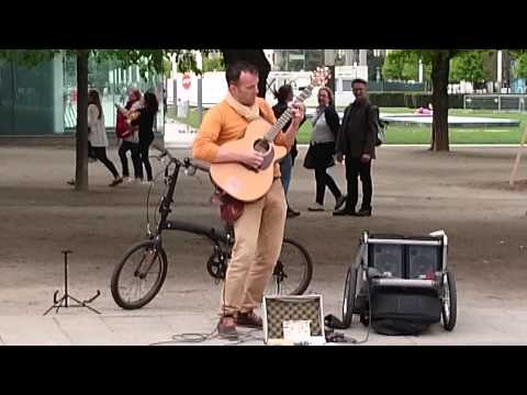A beautiful cover of 'Stairway to Heaven' from street guitarist Valter Tessaris