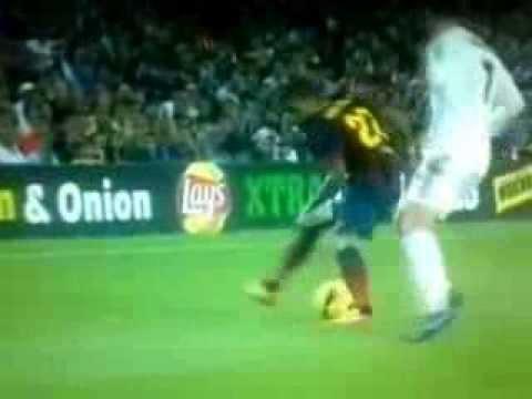 Dani Alves'den Ronaldo'ya Bacak Arası Çalım
