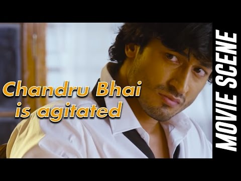 Chandru Bhai is agitated - Anjaan   Mass Scene   Suriya   Samantha   Vidyut Jamwal   Linguswamy