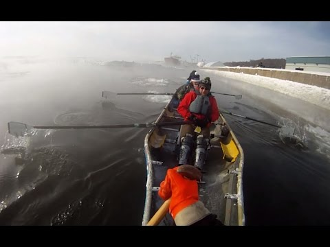 Our crazy adventure ice canoeing in Quebec City