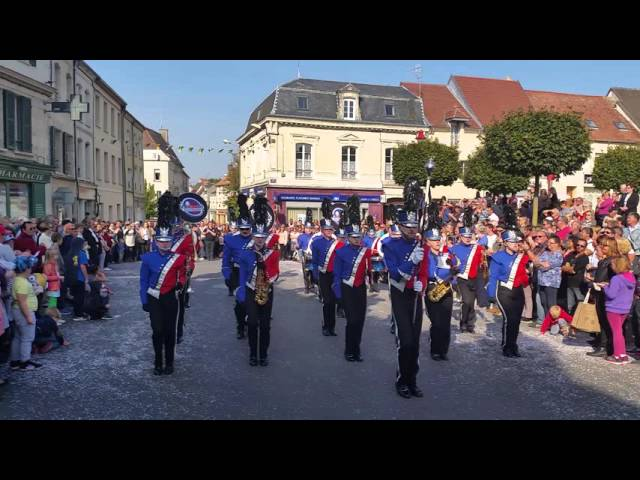 La Vaillante Show&Marching Band : Happy