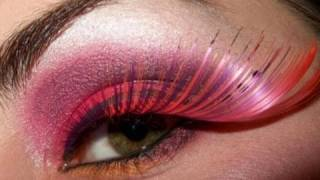Cheshire Cat makeup look Old Alice in wonderland