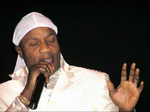 Koffi Olomide - canal plus_