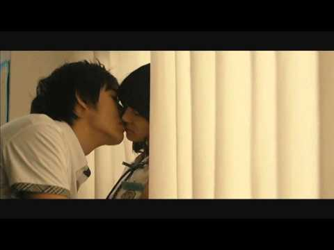 Classroom Kiss (видео)