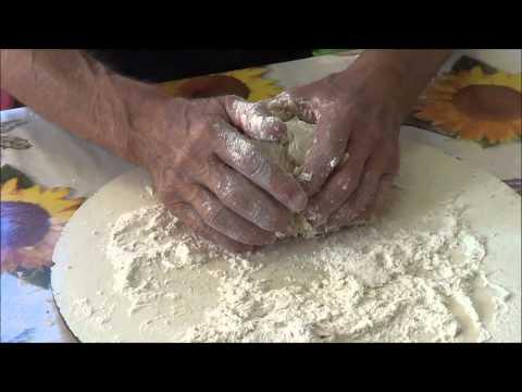 come si prepara il pane con ingredienti semplici e genuini