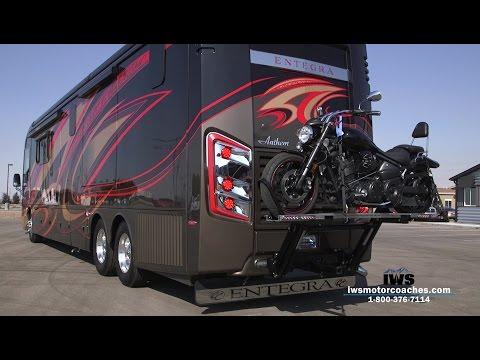 "Motorcoach ""Hydralift"" Installation"