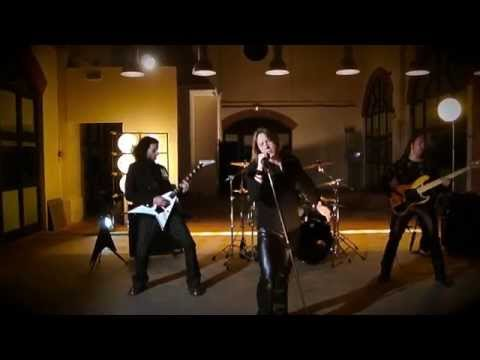 Perpetual Fire - Invisible (2011) [HD 720p]