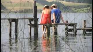 CAROLINA NISSEN - Bajo El Agua
