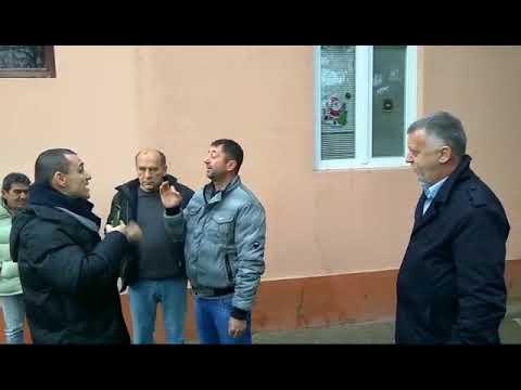 Снимак напада на заменика председника Игора Салака и народне посланике Демократске странке