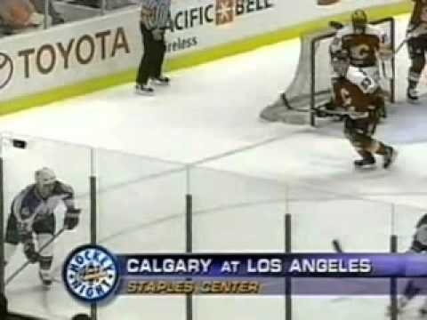 2000 March 11 – Vancouver Canucks vs Phoenix Coyotes