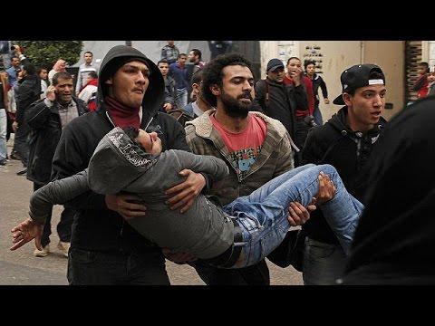 Mısır'da devrim kutlamalarında kan aktı