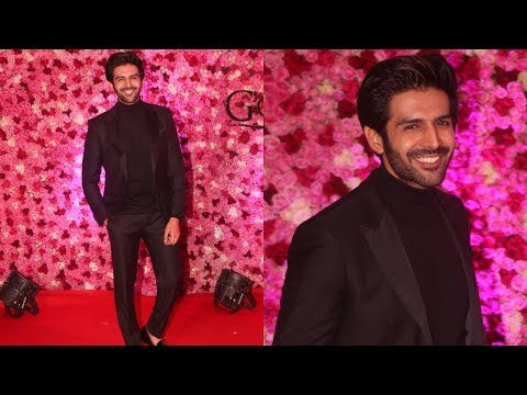 Young Heart Throbe Kartik Aaryan at LUX Golden Rose Awards 2018 | Red Carpet