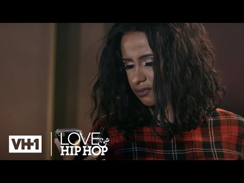 Cardi B Learns Swift Has A Girlfriend 'Sneak Peek' | Love & Hip Hop