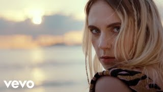 Video MØ - Drum (Official Video) MP3, 3GP, MP4, WEBM, AVI, FLV April 2018
