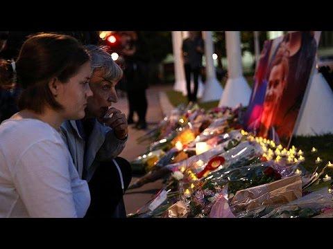Στο πένθος η Βρετανία μετά την άγρια δολοφονία της βουλευτή των Εργατικών