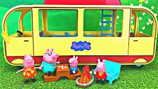 Video Peppa Pig's Transforming Camper Van  Camping Adventure Toy Surprise MP3, 3GP, MP4, WEBM, AVI, FLV Januari 2019