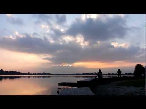 Tramonto sul lago di Monate