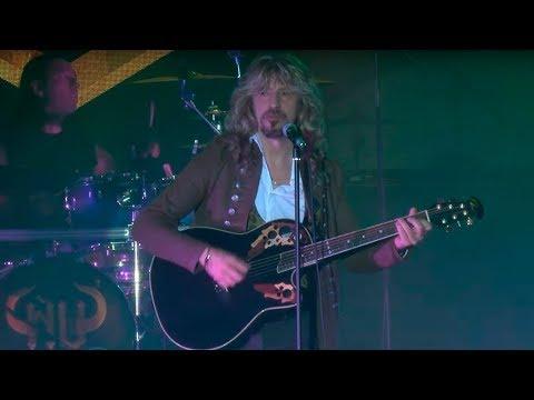 Ñu - Tocaba Correr (Directo en La Riviera - Video Oficial)