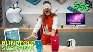 Video Buying EVERYTHING I Touch Blindfolded! **APPLE STORE CHALLENGE** | The Royalty Family MP3, 3GP, MP4, WEBM, AVI, FLV Januari 2019