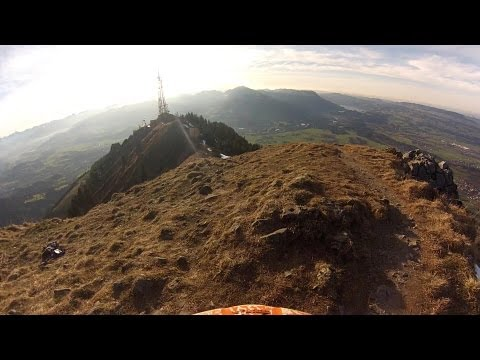30fps - Test Video GoPro Hero3 Silver Edition 1080p 30fps. I was riding an AM bike (Specialized Pitch) with only 140/150mm of suspension travel. Therefore, the video...