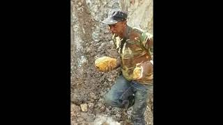 Video GEMPAR!! Penemuan Emas Terbanyak Di Dunia | Bongkahan Emas Terbaik Dunia | GOLD MP3, 3GP, MP4, WEBM, AVI, FLV Agustus 2018