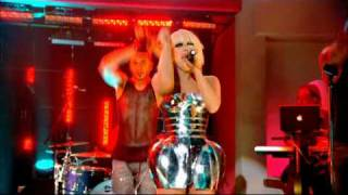 Lady Gaga - Pokerface (Friday Night With Jonathan Ross - 17th April 2009)