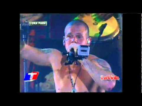Calle 13 @ Luna Park 2011 - Cumbia de los Aburridos/La Perla (видео)