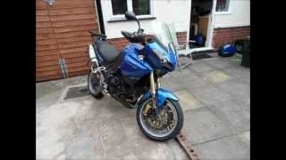 11. Triumph Tiger 1050 dressing for touring
