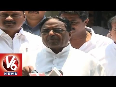 Congress Leaders Targets KCRs Methods and Speeches Pertaining To Telangana