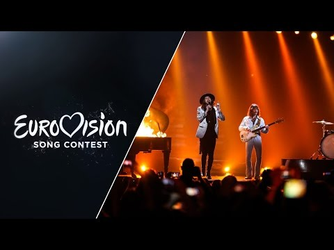 , title : 'The Makemakes - I Am Yours (Austria) - LIVE at Eurovision 2015 Grand Final'