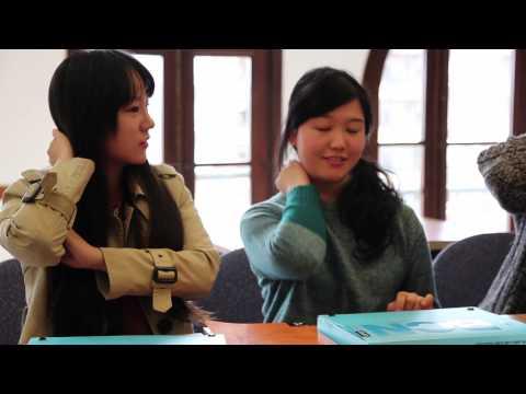Vídeo promocional UAB idiomes