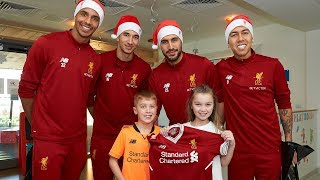 Video Liverpool squad make Christmas visit to Alder Hey Children's Hospital MP3, 3GP, MP4, WEBM, AVI, FLV Maret 2018