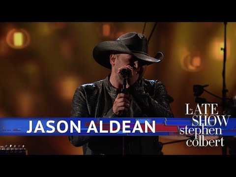 Video Jason Aldean Performs 'You Make It Easy' download in MP3, 3GP, MP4, WEBM, AVI, FLV January 2017