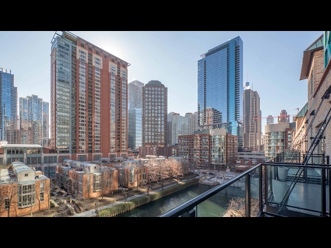 Tour a waterfront one-bedroom at The Lofts at River East in Streeterville