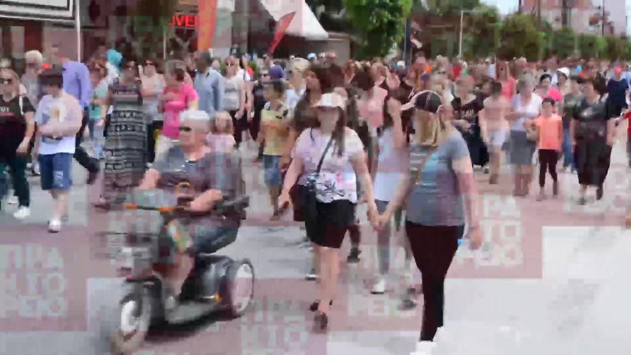 Διαμαρτυρία κατοίκων της Λάρισας για τα θανατηφόρα τροχαία ατυχήματα στην ΠΕΟ