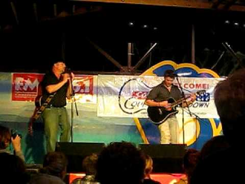 Brandon Miles - Raise Your Glass (Chug It Down) - Colgate Country Showdown