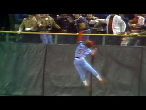 Video: 1982 WS Gm3: McGee makes amazing catch to rob a homer