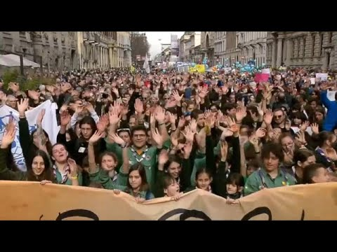 Μιλάνο: Μεγάλη διαδήλωση κατά του ρατσισμού