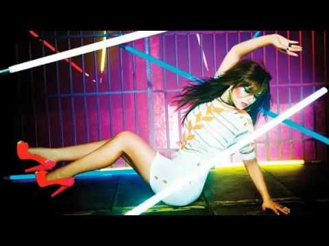 Cheryl Cole - Sexy Den A Mutha lyrics