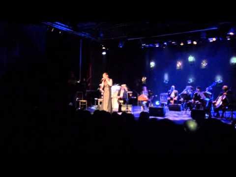 """""""La Bohème"""" de Charles Aznavour interprétée en arabe par Farah Messai Mahjoub"""