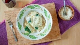 Verse ravioli met peer en Gorgonzola