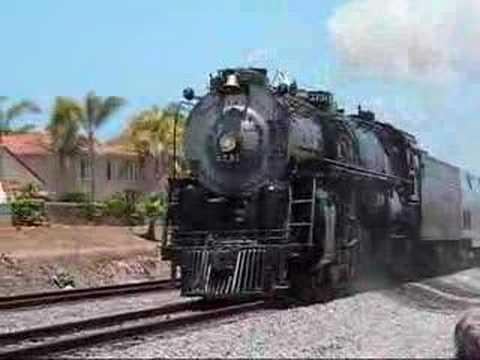 Santa Fe 3751 Steam Locomotive through San Diego