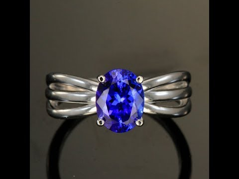 Tanzanite Ring in 14kt White Gold 1.96 Carats