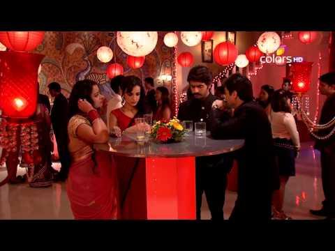 Video Rangrasiya - रंगरसिया - 23rd April 2014 - Full Episode(HD) download in MP3, 3GP, MP4, WEBM, AVI, FLV January 2017